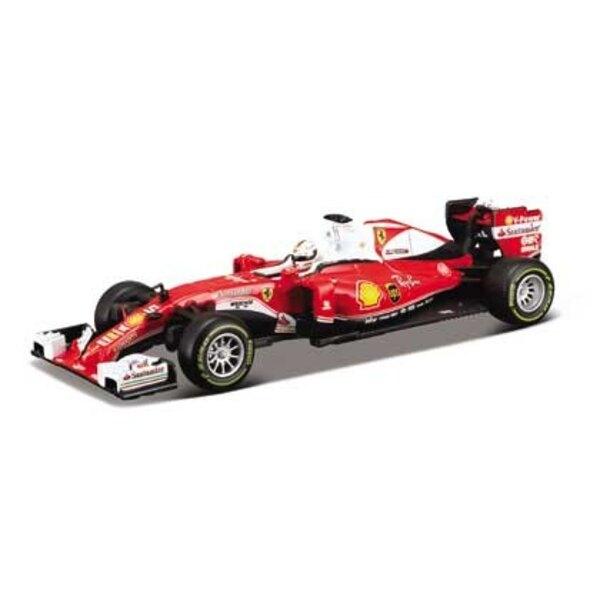 F1 SF16H Vettel met helm