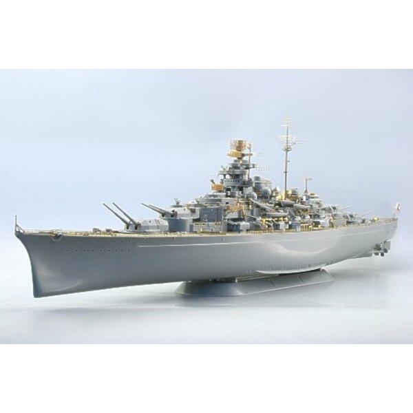 Tirpitz (toebehoren voor modelbouwsets van Revell)